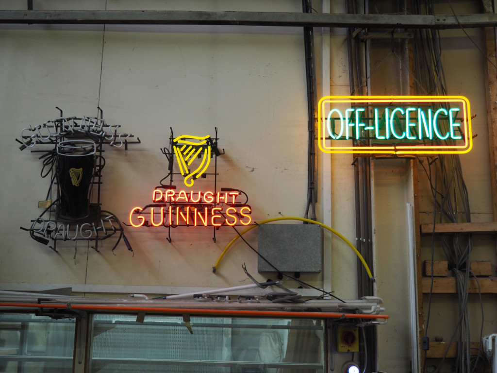 City Neon Sign Company